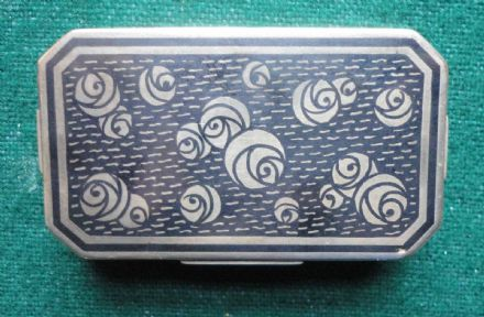 French Early 20th Century Solid Silver Ladies Minaudière - Niello & Roses